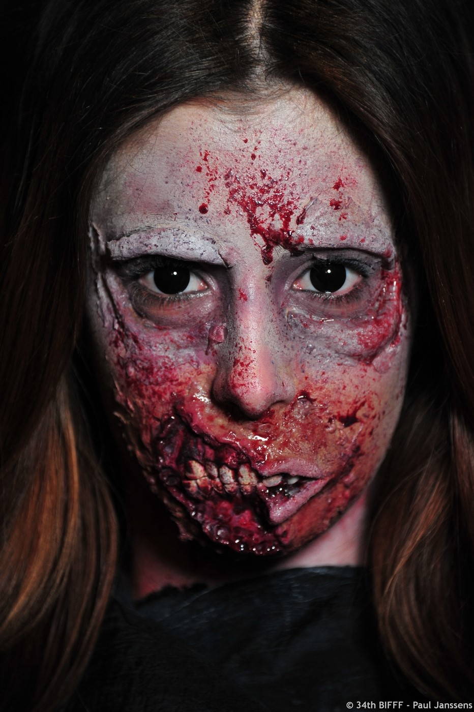 1st Prize FX 33rd Make Up Contest